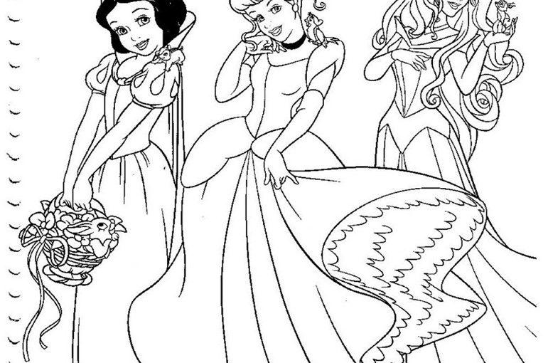 Disney princesses Snow White, Ariel, Aurora Sleeping Beauty, Rapunzel, Cinderella